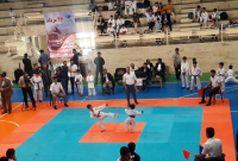 کاراتهکاهای استان سمنان با ۱۰۰ نشان قهرمان کشور شدند