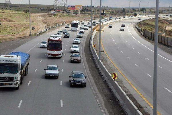 ترافیک نیمه سنگین در آزادراه تهران-قم-تهران
