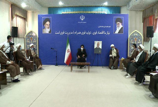 حوزه های علمیه ستون فقرات انقلاب و اسلام هستند