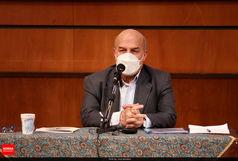 عیادت رییس سازمان محیط زیست از مصدومان حادثه واژگونی اتوبوس خبرنگاران