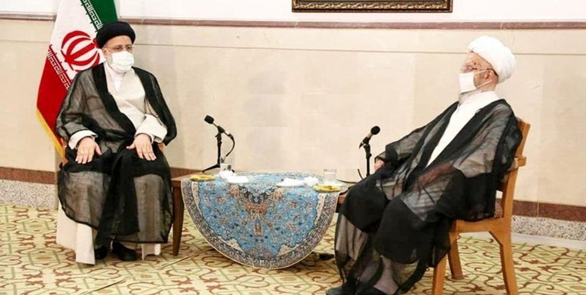 رئیس جمهور منتخب با آیت الله مکارم شیرازی دیدار کرد