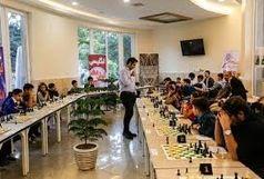 شطرنج سیمولتانه برترینهای استان قزوین برابر قهرمان جهان