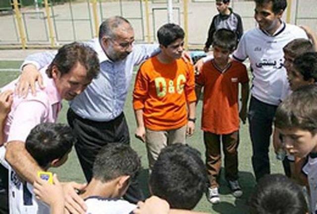 حاج حبیب کاشانی کجاست؟ + عکس