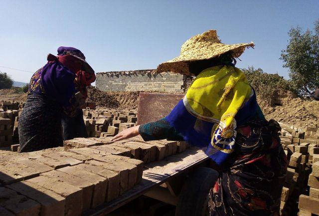 داستان کودکی که چهارراه کارگر کار می کند/ روزی 10 هزارتومان دستمزد در شکلات تلخ!