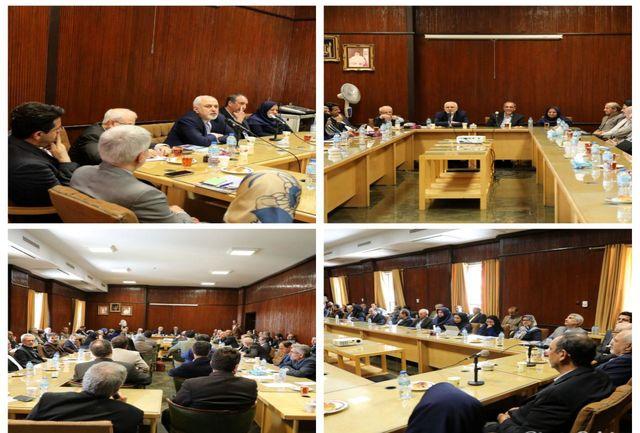 ظریف با اساتید حقوق و علوم سیاسی دانشگاه تهران دیدار و گفتگو کرد