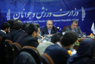 نشست وزیر ورزش و جوانان با اعضای هیات موسس سازمانهای مردم نهاد تهران و البرز