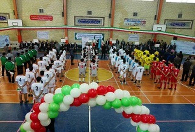 زنجان میزبان مسابقات موی تای دختران و پسران، بدمینتون و سنگنوردی