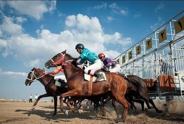 برگزاری هفته پنجم رقابتهای کورس پاییزه اسب دوانی آق قلا