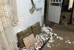 مجروح شدن یک نفر در زمین لرزه اصفهان/دیوار برخی خانه ها شکاف خورد